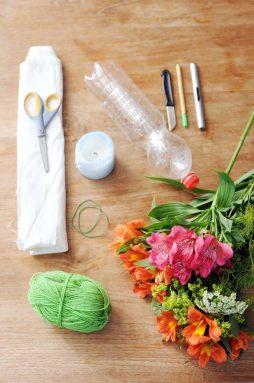 alstroemeria-recycle-fles-diy-mooiwatbloemen-doen-met-losse-bloemen.-diy recycle upcycle