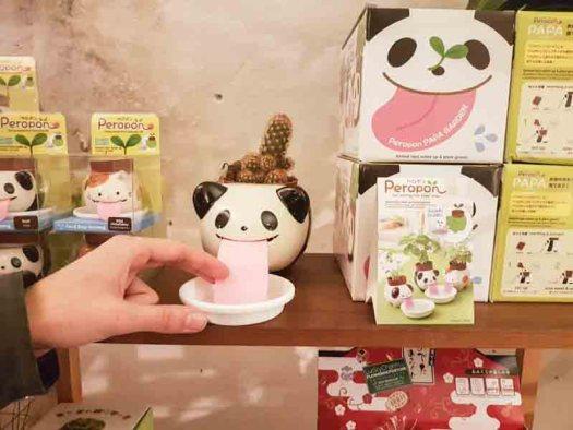 panda lossebloemen Kerstshoppen in hartje Utrecht losse bloemen it's a present winkel