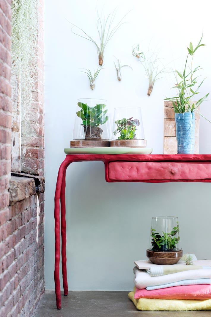 planten voor slaapkamer airplants luchtplantjes slaapkamer plant beeldmooiwatplantendoen tafel lossebloemen bloemenblog