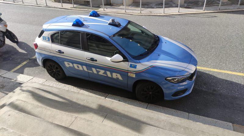 Auto Polizia Di Stato Polizia Postale