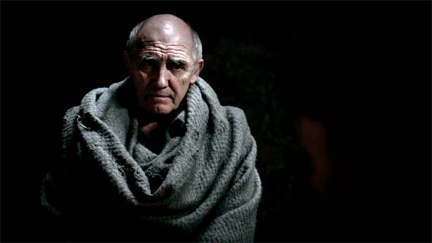 Maestre Luwin, de Invernalia