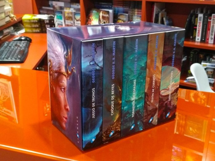 Canción De Hielo Y Fuego Llega A 90 Millones De Libros Vendidos Y Es Ya La Tercera Saga De Fantasía Más Vendida De La Historia Los Siete Reinos
