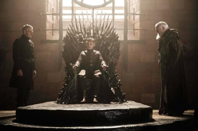 tommen trono de hierro kevan y pycelle