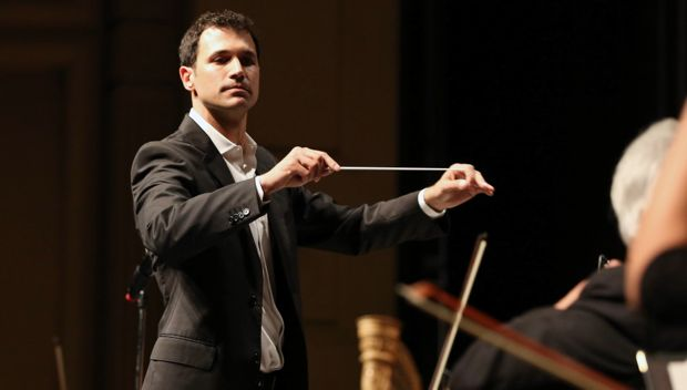 ramin-djawadi-conducts-a-suite-of-his-music-from-game-of-thrones