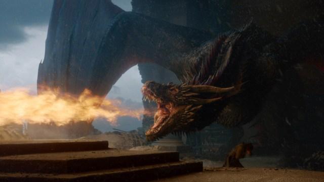 drongon-quema-el-trono-de-hierro