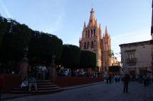 Plaza Principal (El Jardin) und Parroquia de San Miguel Arcángel