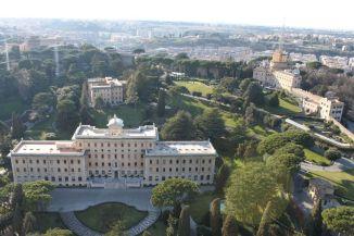 Blick über die vatikanischen Gärten