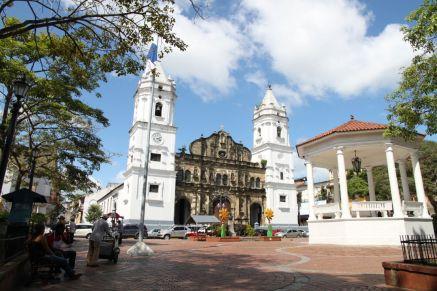 Catedral Metropolitana an der Plaza de la Independencia