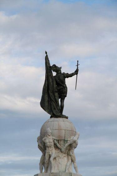 Statue von Vasco Nuñez de Balboa