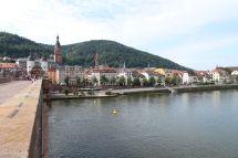 Auf der alten Brücke in Heidelberg