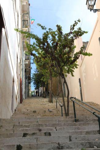 Treppen hoch ins Graça-Viertel