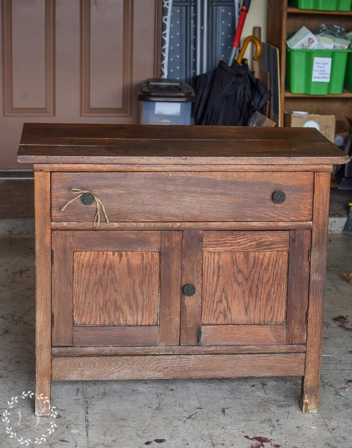 Oak Washstand Makeover