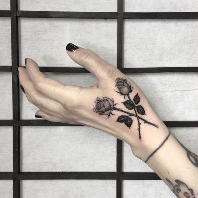 Tatuajes De Rosas Toda La Información Que Necesitas En El 2019