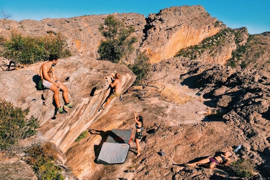 bouldering-hollow-mountain-grampians