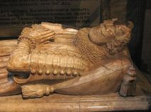 5 - Ravenscroft memorial (detail)