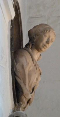 detail-of-elizabeth-pepys-memorial-1669