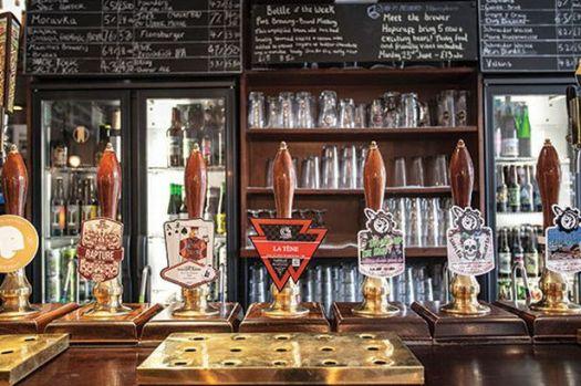 manchester-pub