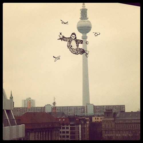 Oh NO! King Kong invaded Berlin!
