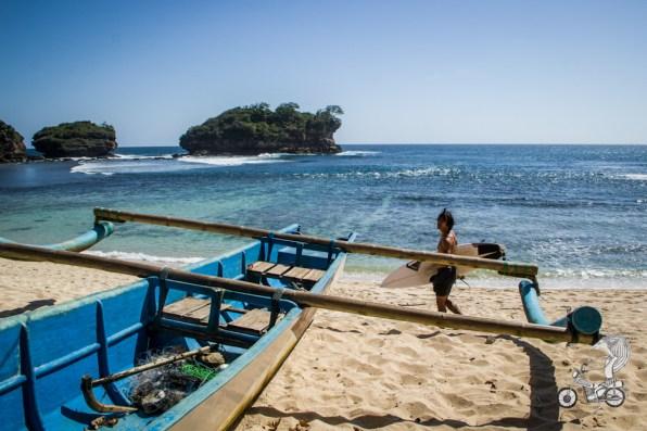 Watukarung beach.