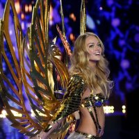Victoria's Secret 2014 Fashion Show Sizzles
