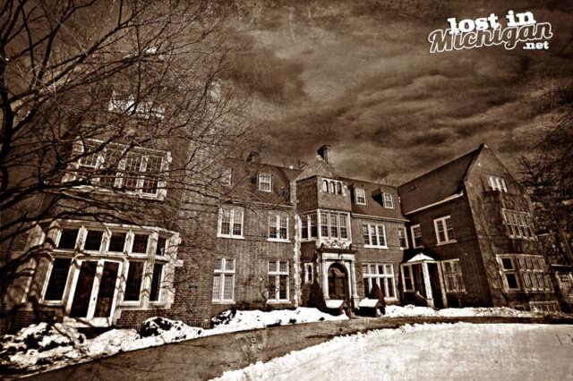 Haunted Holmdene Hall Grand Rapids Michigan
