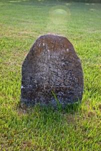 Worn Headstone_4737439894_l