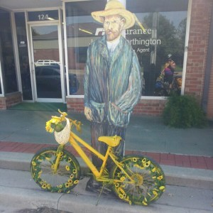 Van Gogh has a bike.