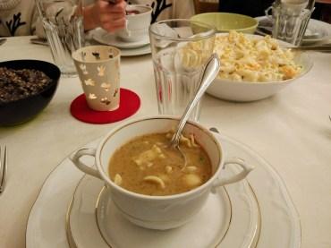 Mushroom soup with pasta - grzybowa z makaronem