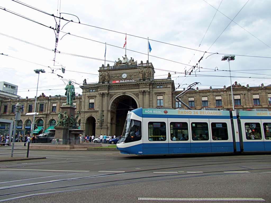 A tram in front of Zurich main station.