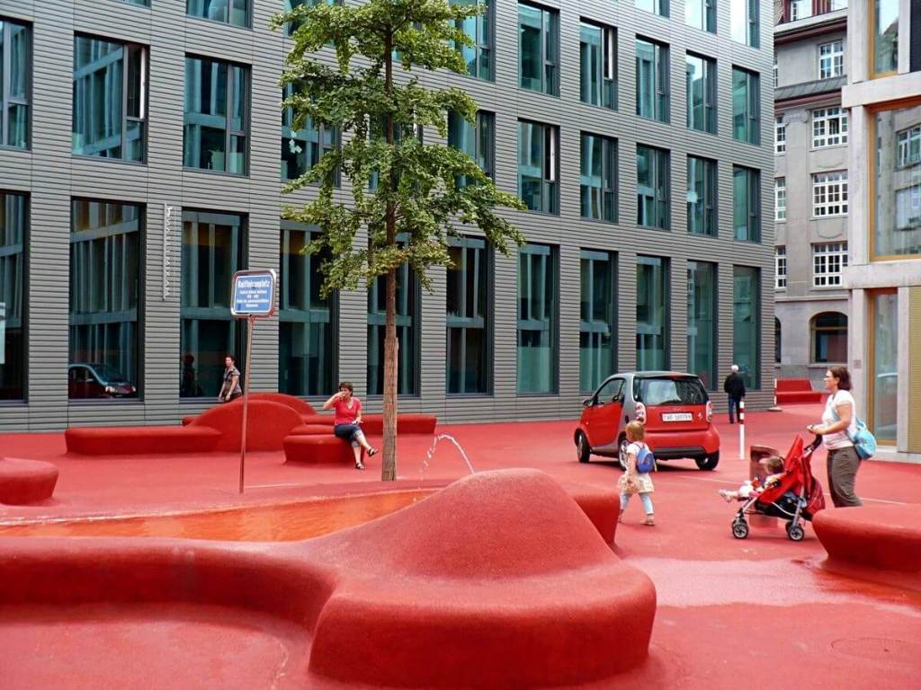 the red square of St. Gallen is a weird yet cool piece of art.