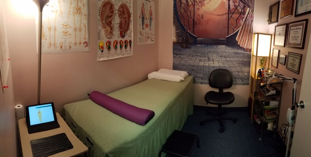 Acupuncture Coconut Creek Treatment Room