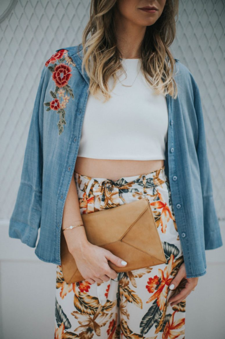 Embroidered denim and tropical print pants - How to style Culottes