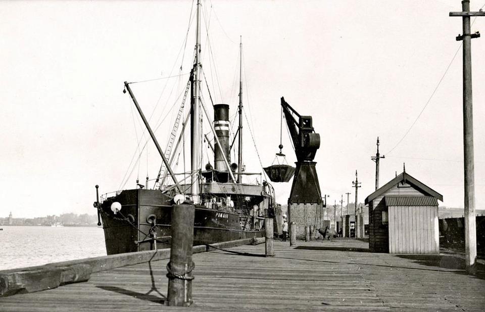 Newcastle Harbour c1920s