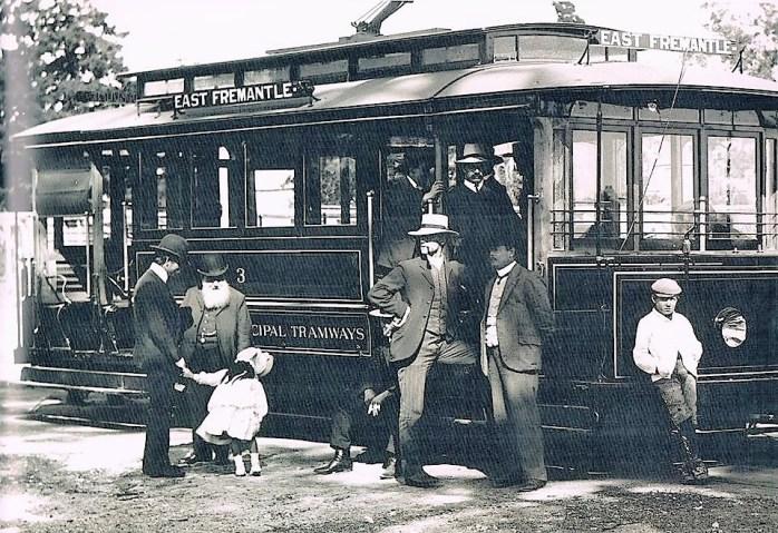 East Fremantle Tram.jpg