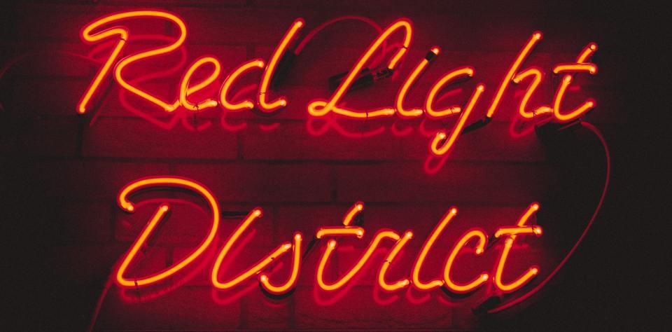 Scritta al neon del quartiere a luci rosse di Amsterdam