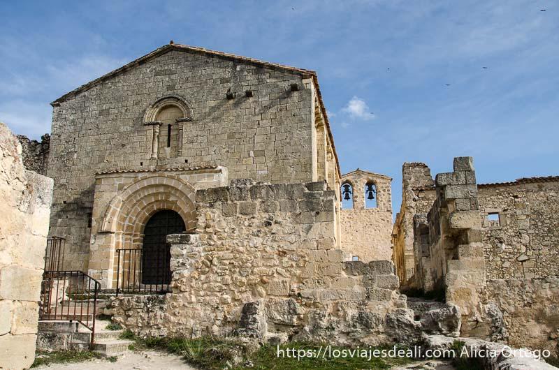 ermita románica en las hoces del duratón
