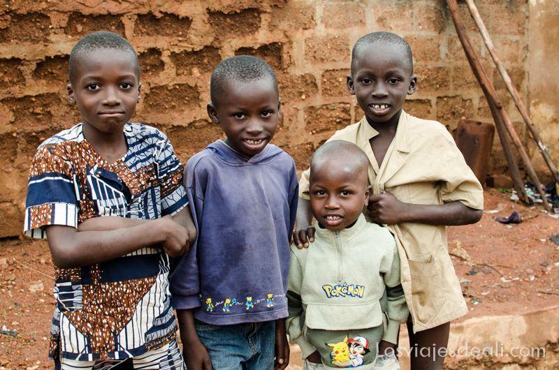 niños de Natitingou