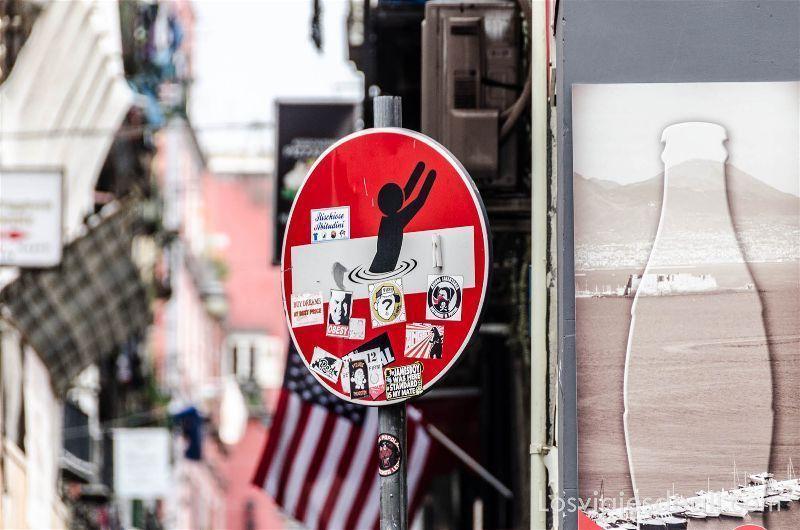 Paseos por Nápoles streetart