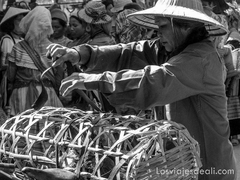mercado de bac ha vietnam