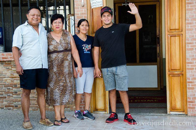 gentes del mundo Galápagos