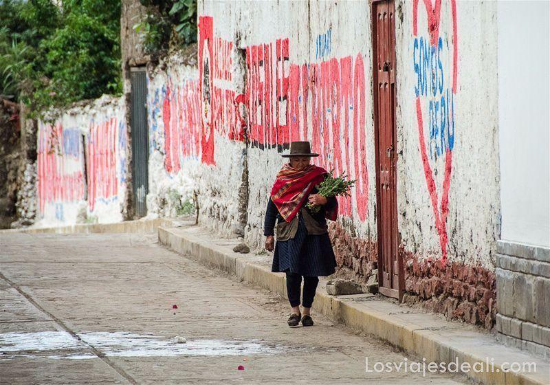 calles de chavin de huantar perú