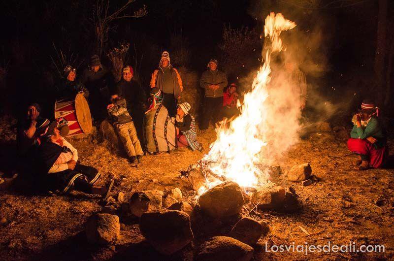 noche en comunidad humacchuco