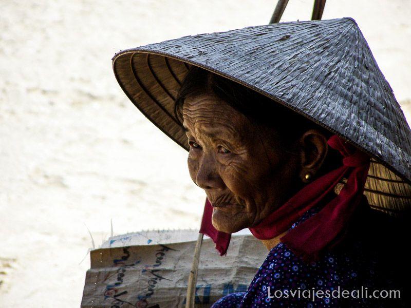 anciana de Hoi An