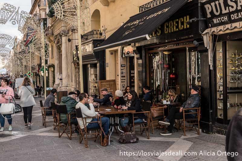 café en Republica street de La Valeta