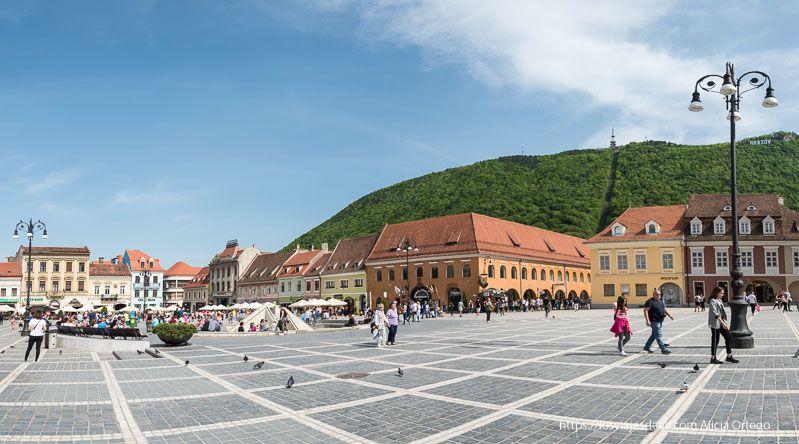 panorámica de la plaza de Brasov