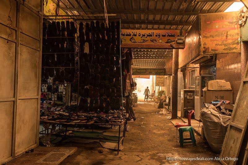 callejones del mercado cubierto de karima