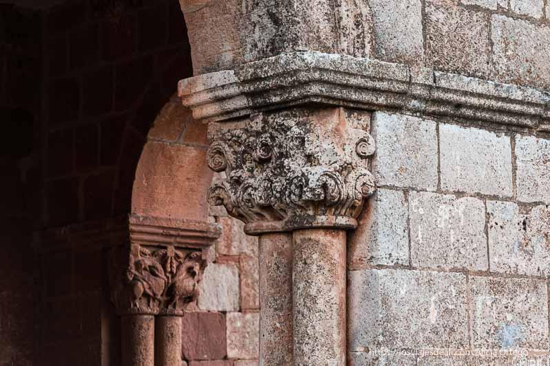 capiteles románicos de la ermita de Tiermes soria romana