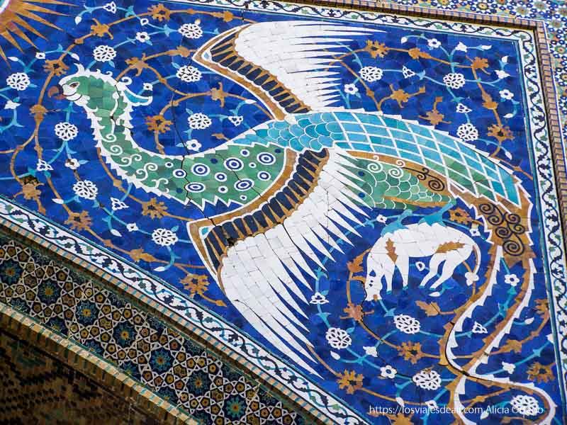 pavo real o similar en azulejos de bukhara