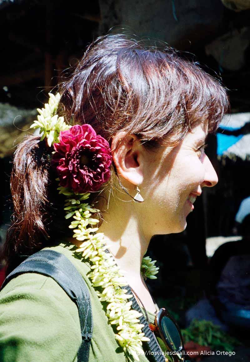 flores de jazmin en mi pelo en madurai tamil nadu