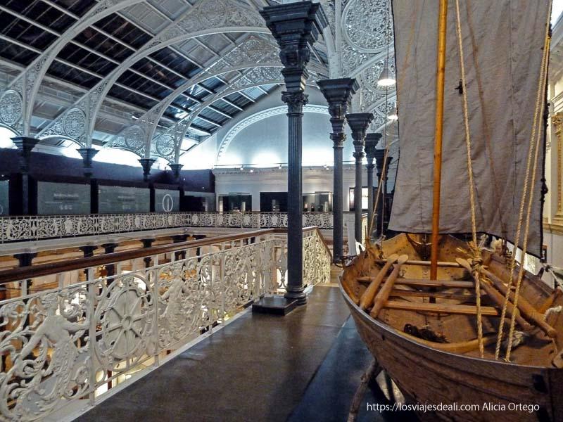 galería superior del museo nacional de dublin